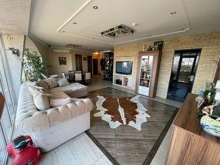 Apartament cu 3 odăi , Autonomă, str.Trandafirilor - Botanica