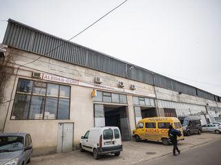 Spre chirie service auto sau spatiu de producere/depozitare pe str-la Lvov, sectorul Botanica!