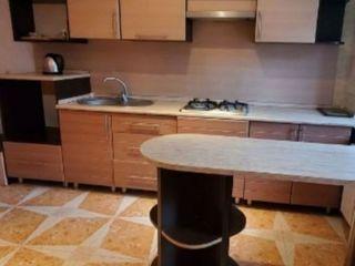 Chirie pentru companii muncitori, studenti, apartament mobilat foarte confortabil. Suprafata 76,6 m2