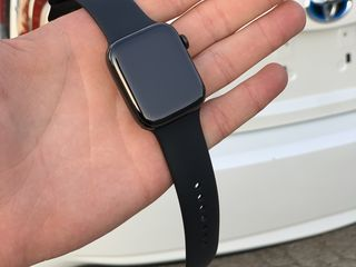 Apple Watch Series 4 44mm Stainless Steel !