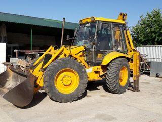 Tractor-excavator-transee/apa,gaz,canalizare/Demolam,nivelăm,încărcăm