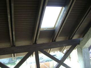 Монтаж Мансардные окна и лестницы  Fakro.