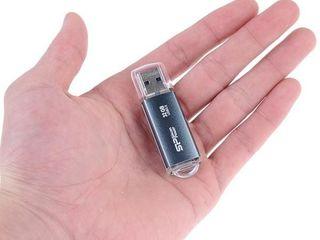 Диктофон флешка - flash reportofon 8GB