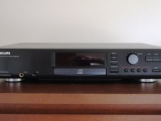 CD Recorder and Player Philips cdr-870