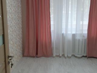 Apartament cu 2 camere,  Botanica, etajul 2, de la proprietar!