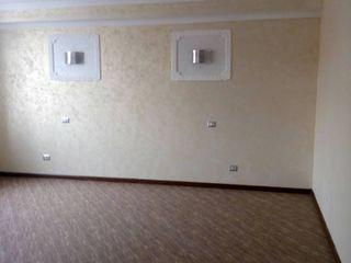 Продается 1-комнатная квартира в Новострое  район Центр.