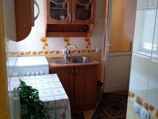 Se vinde casa pe pamint in or. telenesti-17800 euro