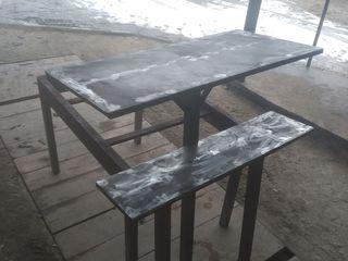 стол  + скамейка на кладбище 1200л
