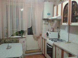 """Продаётся 3-х комнатная квартира с автономным отоплением в г.унгены, в микрорайоне """"молодёжный"""""""