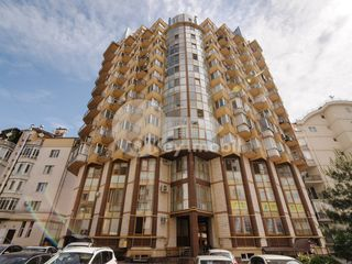 Dat în exploatare!! 3 camere, bloc din cotileț, Reconscivil 58000 €