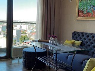 Apartament modern cu 3 camere, cu vederi uimitoare în Crown Plaza Park!