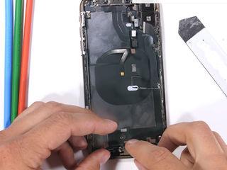 iPhone XR Smartphone-ul nu se încărca? Vino să înlocuiești conectorul!