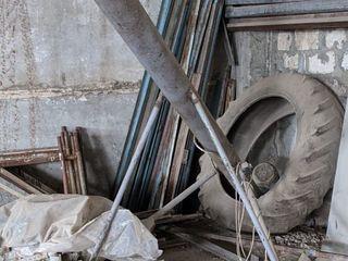 Наклонный шнековый конвейер ( Шнек)
