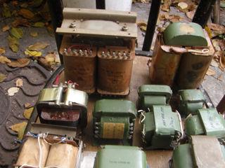 Трансформаторы, радиаторы,индикаторные лампы ин-14 6 шт,ин-1 3 шт,ин-12б-7 шт ,оптотиристоры то142-8