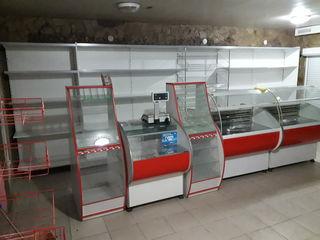 25000 евро помещение под магазинчик  вместе с оборудованием
