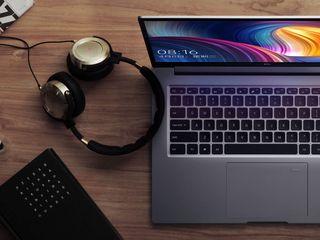 Xiaomi Mi Notebook Pro 15.6 i7 cel mai bun cadou pentru cei apropiați!