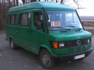 Mercedes 208D
