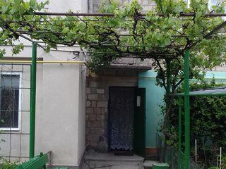 продаем квартиру в  самом центре Новых Анен