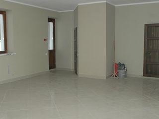 Цена в вашу пользу. 128 m2 Новострой под офис, салон, магазин, клинику 50 000 €