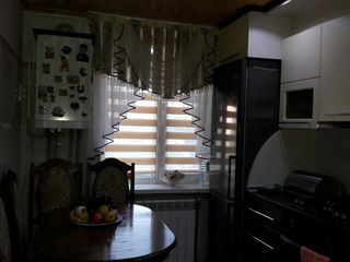 se vinde apartament cu 2 odai in oras Falesti