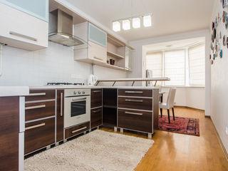 Chirie!Apartament Excelent cu 3 camere separate la Decebal(Kaufland)