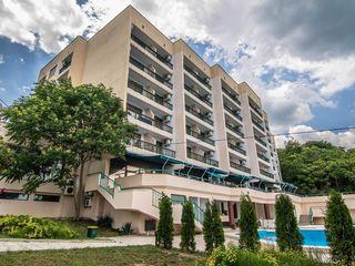 Magnolia Club 3*, Chaika. Bulgaria. Зонты и шезлонги на пляже бесплатно!
