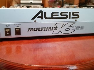 Alesis Multimix 16