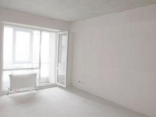 Riscanovca, zona de parc, apartament cu 2 odai, bloc nou dat in exploatare. Ofertă avantajoasă!