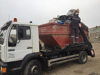 Вывоз строительного мусора,старой мебели,хлама на свалку!!!