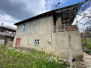 Casa in sat. Cimiseni, 25 km de la Chisinau