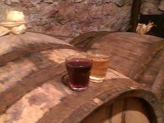 Vind vin de casa -alb-rosu-10 lei/lit