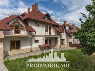 Dumbrava! casă 3 nivele, 7 camere, spațioase, euroreparație! 450 + 7 ari!