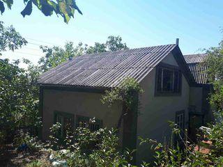 Vind vila cu 2 etaje in Codrii Moldovei, zona de vile