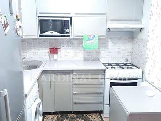 Vânzare apartament cu 2 camere, 54 mp, reparație euro, or. Sîngerei, 26 000 euro!