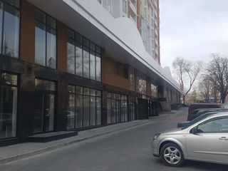 Spatiu Comercial, Astercon, Buiucani, 130 mp, 104000 €