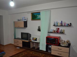 Apartament cu o odaie 43 m2