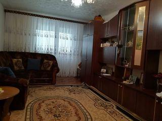 Продам срочно 2-х комнатную квартиру!!!