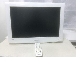 Samsung 22LED TV HD white.