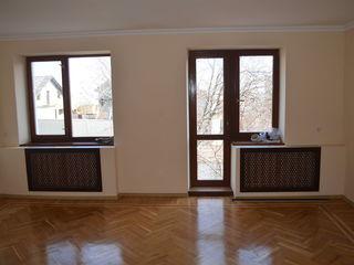 Casa- Duplex mobilat 125 m2 ! Teren cu livadă+garaj. Proprietar !