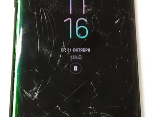 Schimbare sticla/display iPhone/Samsung