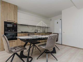 Chirie  Apartament cu 2 camere  Centru  str. Valea Trandafirilor 550 €