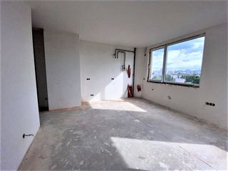 80 m.p. 3 camere, varianta albă / podea caldă, parcul Valea Trandafirilor. Achitare în rate