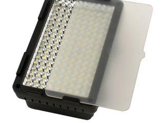 Накамерный светильник c переменной цветовой температурой.