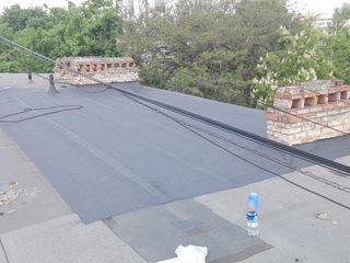 Montarea reparatia acoperisului  ремонт кровли крыш гидроизоляция