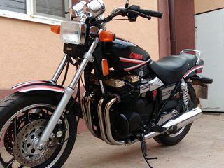 Yamaha YX 600