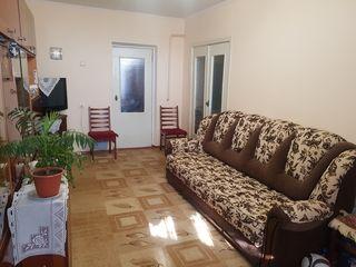Продам 2-ух комнатную квартиру с мебелью и техникой! Срочно! Гидро!