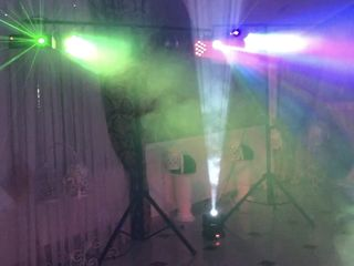 Dj la petreceri + lumini show + fum