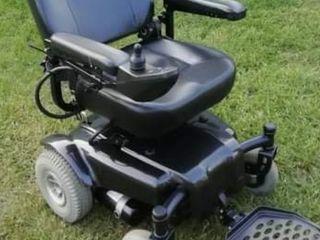 carucior electric pentru invalizi