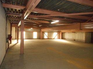 800 м2 склада на ул. Узинелор!
