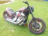 Harley - Davidson la comanda